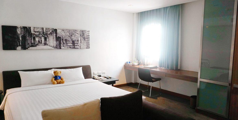 M Room 11