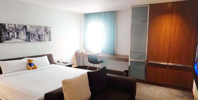 M Room 7